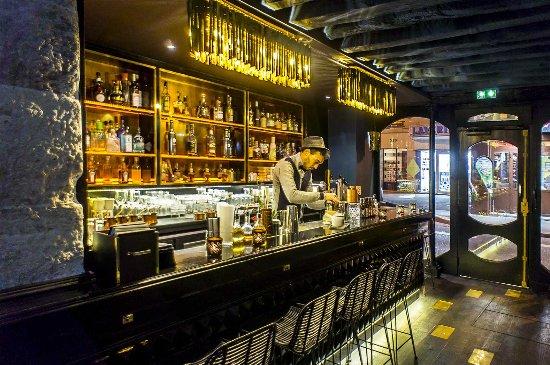 comptoir bar - Picture of Solera Paris, Paris - TripAdvisor
