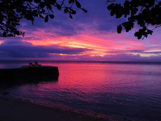 Toberua Island, Fiji: Sunset from the balcony of Bure 3