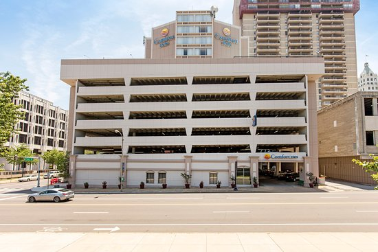 Street View - Foto Comfort Inn Downtown, Memphis - TripAdvis