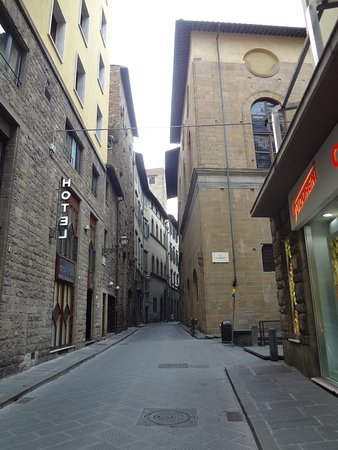 Hotel Della Signoria: Via Delle Terme