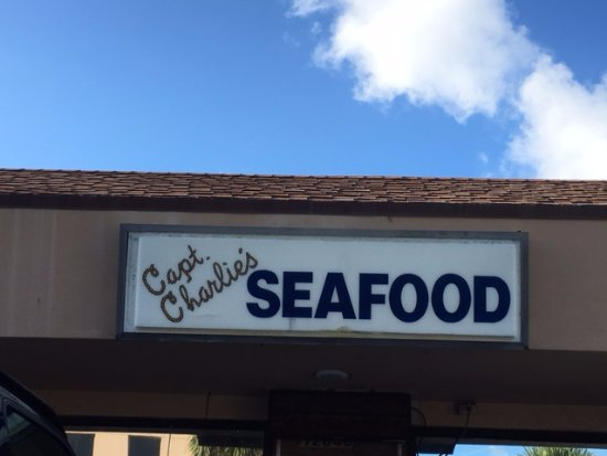 Captain Charlie's Reef Grill : Capt. Charlie's Sign at Reef Grill, Juno Beach, FL