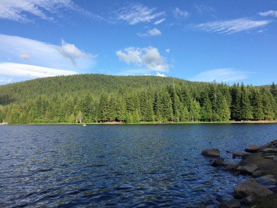Government Camp, OR : Lago Trillium.