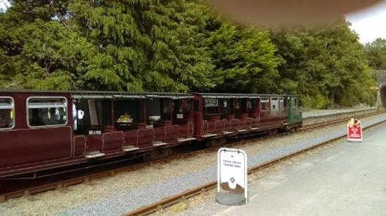 County Waterford, Irland: Narrow gage railway in Kilmeadan
