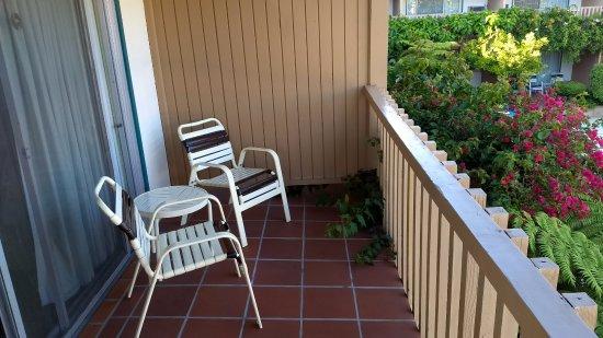 Best Western Plus Pepper Tree Inn: balcon de la habitación