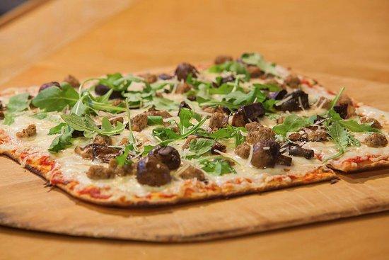 Dover, Vermont: Flatbread Pizza