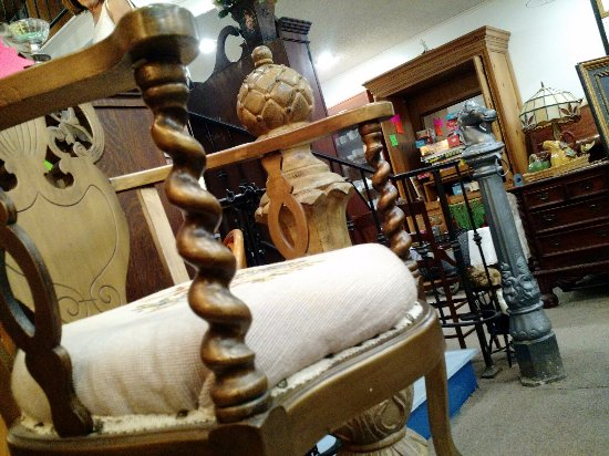 Sand Springs, OK: Unusual Chair