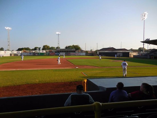 Clinton, IA: Ball game at Ashford University Field