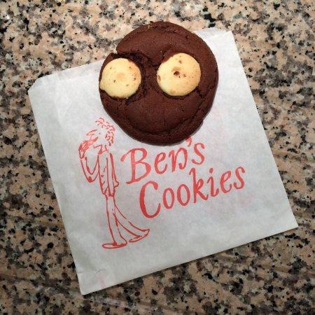 Ben's Cookies: photo0.jpg