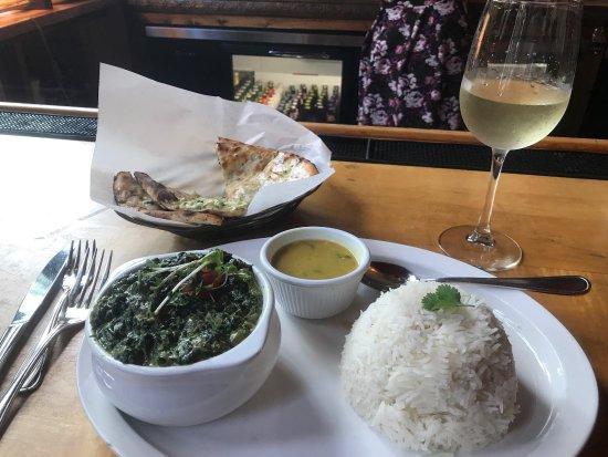 Mela Indian Restaurant: photo0.jpg
