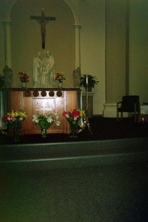Salida, CA: Interior of Holy family Church