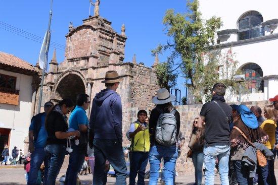 Tour guides oro travel.