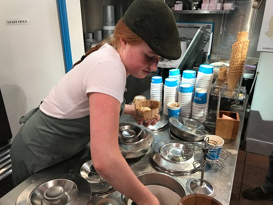 Murphys Ice Cream : Putting in the base ice cream for Sticky Toffee Pudding