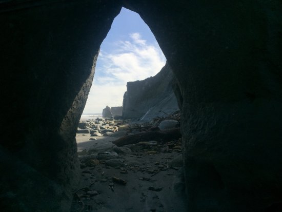 Whanganui, Nowa Zelandia: The hole in the rock North beach