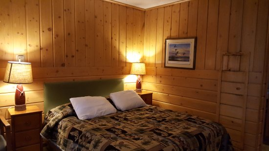 Sleepy Hollow Lodge: Cama