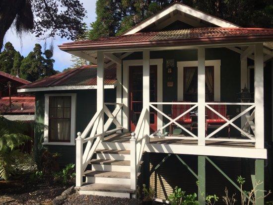 Hale Ohia Cottages: Cottage #44