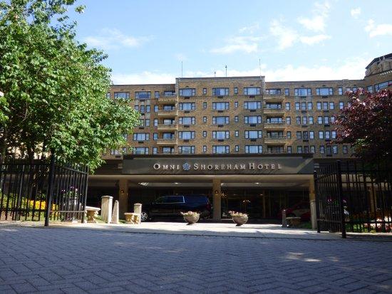 entrance picture of omni shoreham hotel washington dc. Black Bedroom Furniture Sets. Home Design Ideas