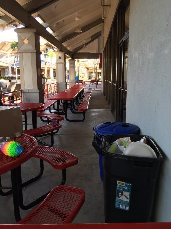 Kahului, HI: Outdoor party area