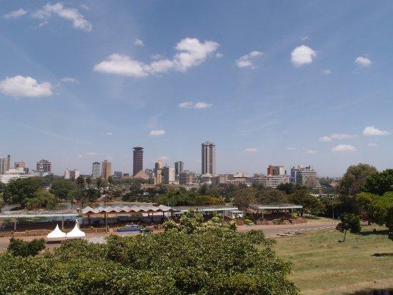 Kenyatta International Conference Center: 上面看到風景