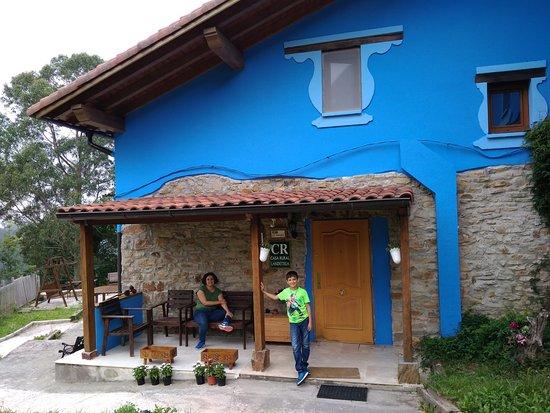 Fachada del edificio de la casa rural arrizurieta - Casa rural mundaka ...