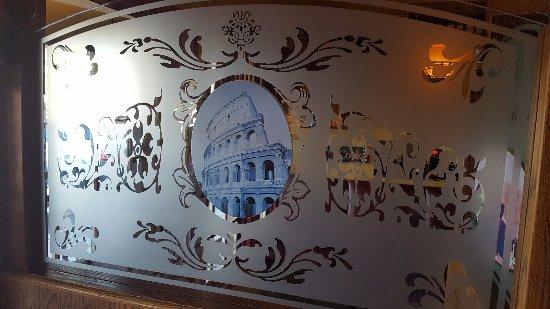 เอลคาโฮน, แคลิฟอร์เนีย: Beautiful Glass Italian Table Dividers