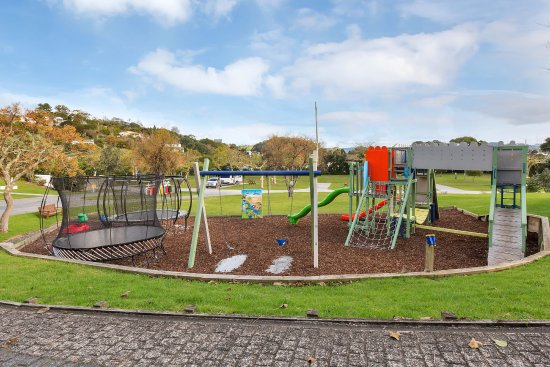 Russell TOP 10 Holiday Park: Playground