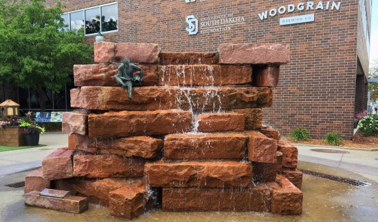 SculptureWalk Sioux Falls: Downtown Sioux Falls