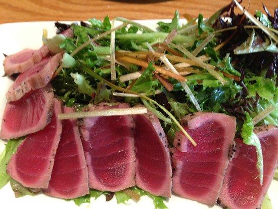 Centennial, CO: Seared Ahi Tuna Salad (Insalata)