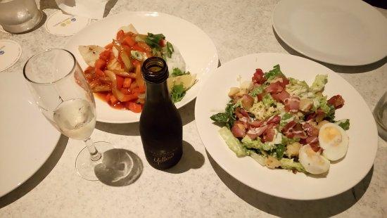 Trinity Beach, Αυστραλία: daily fish and caesar salad