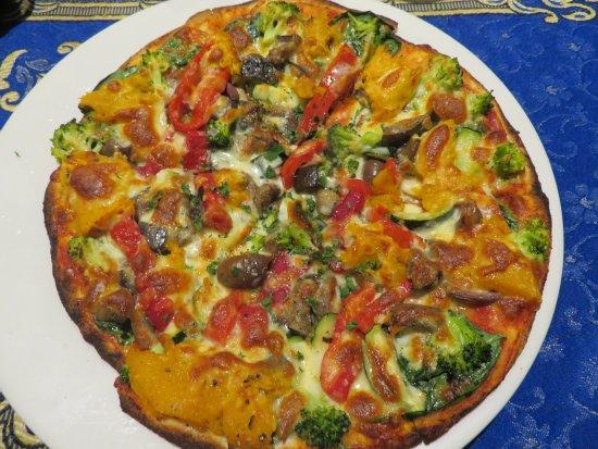 Frankston, Australia: Vegetable Pizza