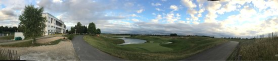 Novotel Saint Quentin Golf: photo1.jpg