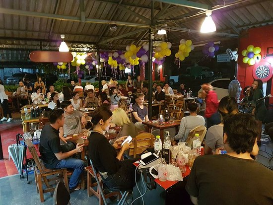 101 sports bar bangkok restaurant reviews phone number for Food 101 bar bistro