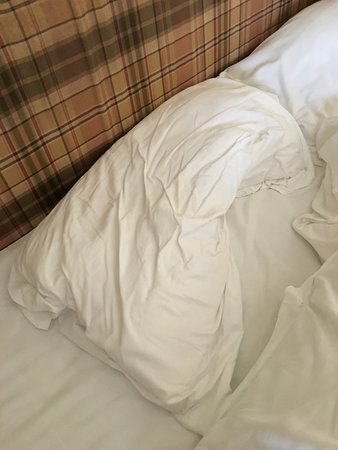 The Rocks Hotel: The most flaccid pillow I saw in years. Bring your own then.