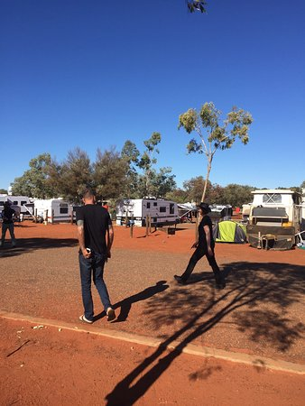 Ayers Rock Campground : Well landscaped and spacious