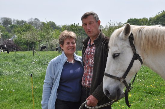 Ferme Pédagogique d'Epaville: Chantal et Guy, les fermiers