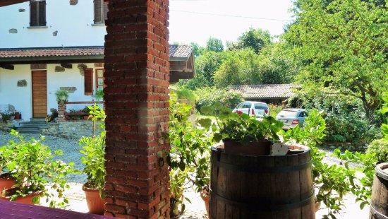 Borgomanero, Italië: La villa