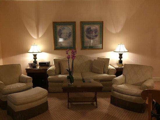 Regent Berlin: Superior Suite Sitting Room