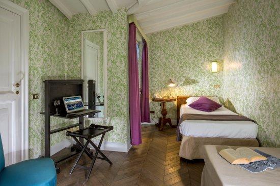 Suite room picture of hotel anahi rome tripadvisor for Boutique hotel anahi roma