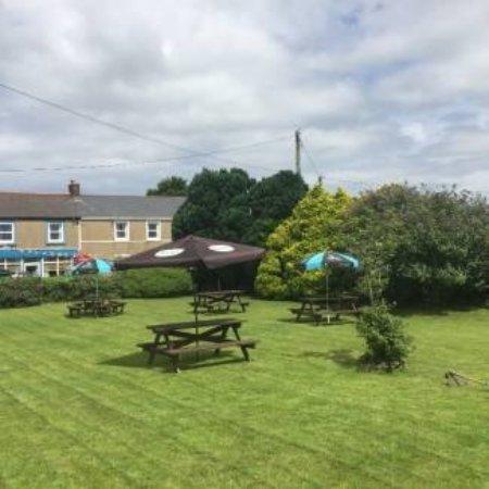 Gwinear, UK: beer garden
