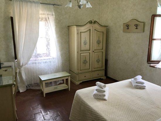 Castiglion Fiorentino, Italien: Double superior room (panoramic view)