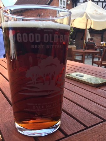Goring-on Thames, UK: a nice pint