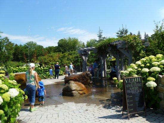Boothbay, ME: Entrance to children garden