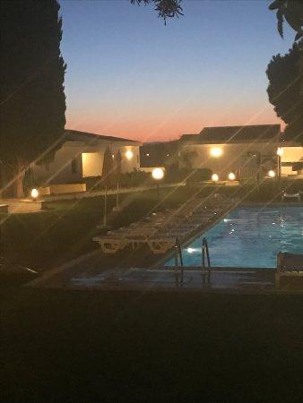 Hotel Apartamentos do Golf: Pink sky
