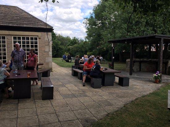 Cafes Near St James Park