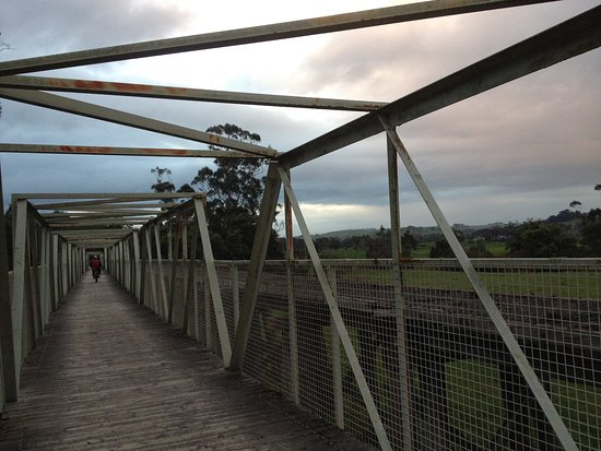 Leongatha, Australia: The iconic bridge closest to Meeniyan, easily visible from South Gippsland Highway
