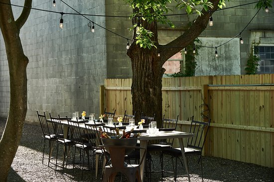 The Amsterdam: Patio Space