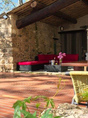 Reillanne, France: Lounge terrasse