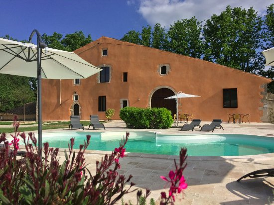 Reillanne, France: Chambres d'Hôtes avec piscine