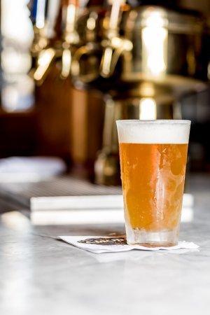 Armonk, Estado de Nueva York: Cold, refreshing birra
