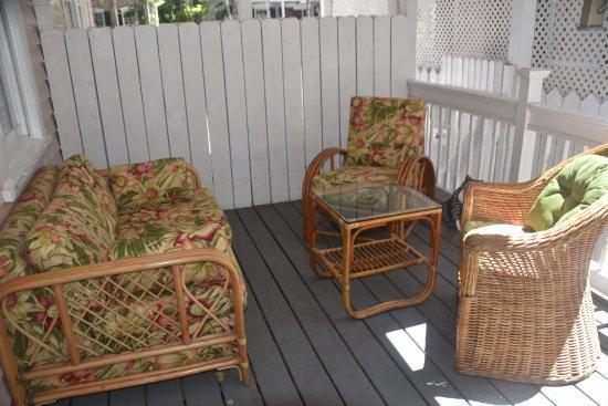 Ambrosia Key West Tropical Lodging : Patio Room 2