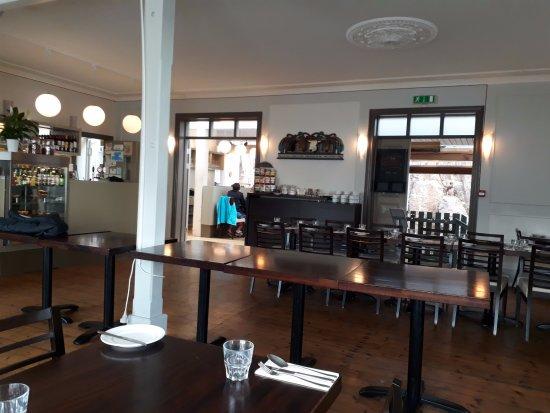 Borgarnes, Island: Interno locale
